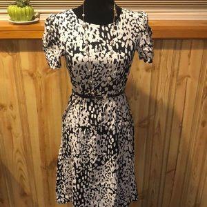 💝ASOS black and white midi dress size 1💝
